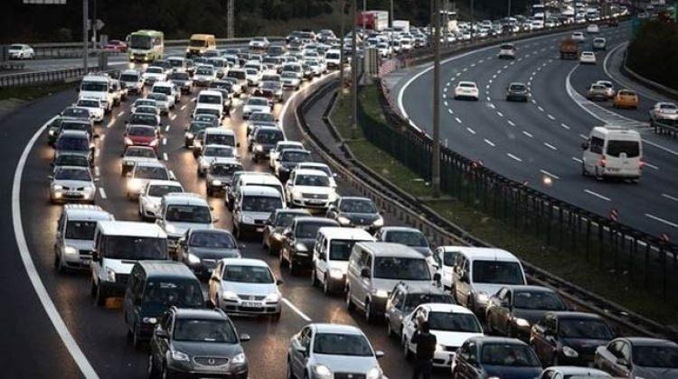 Onayladılar! Dizel araçlar trafiğe çıkamayacak