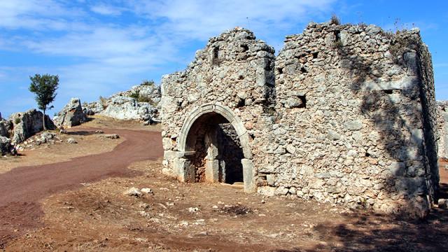 2200-yıllık-antık-kent